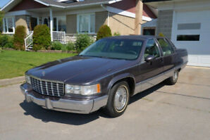 Cadillac Fleetwood Brougham 1994 en excellente condition