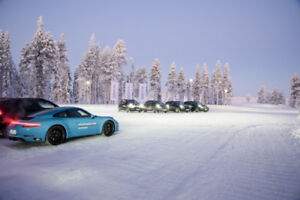 PORSHE WINTER WHEEL PACKAGES KIT DE JANTES D'HIVER PORSHE