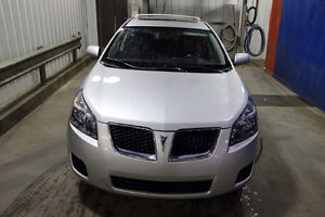 2010 Pontiac Vibe Fully Loaded Hatchback
