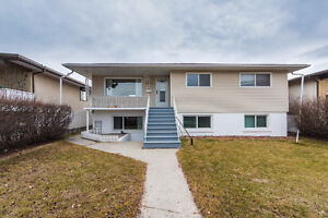 Spacious&Bright 3 bedroom basement suite walking to west LRT