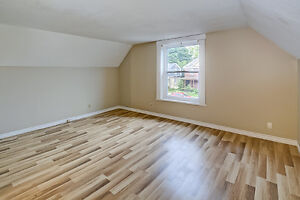 Updated Duplex in South London London Ontario image 8
