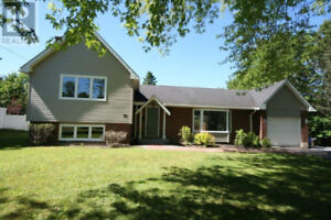 OPEN HOUSE 76 Birch Cres. Sunday Oct 21st 1:00 to 2:30