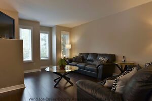 Beautiful detached home for rent in South Windsor Windsor Region Ontario image 3