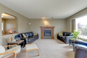 Southfork Leduc 4 Bed 3.5 Bath HUGE YARD & BONUS ROOM!