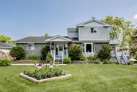 Picture Perfect on a Sunny Corner Lot - 873 Yonge St Barrie ON