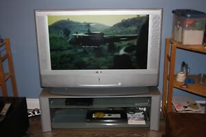 """Sony Grand Wega 42"""" LCD Projection TV HD-Monitor with stand"""