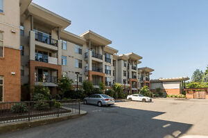 First Time or Investor Alert!2 Bed + Den, 2 Bath Condo near UFV!