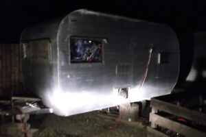 """HUNTERS SPECIAL TRAILER GREAT FOR HUNTING"""