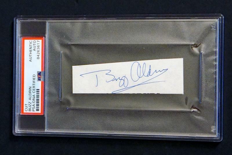 *PSA/DNA* - BUZZ ALDRIN SIGNED & Encapsulated Cut Auto - Apollo 11 Moonwalker! C