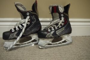 **** BAUER Vapour X70 Size 1.5 Ice Hockey Skates Youth ****