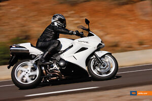 2009 or Newer Honda VFR800 Interceptor (White)
