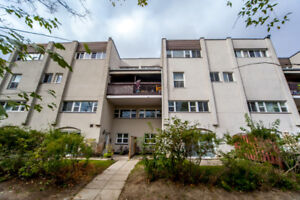 3 bedroom in Mississauga -$379,900 Open house Sat/Sun 2- 5pm