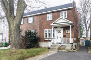 NDG:  OPEN HOUSE Nov 18 2-4 PM Awesome 3 BDRM Cottage