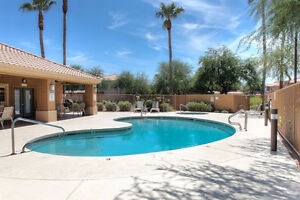 Lovely Ground Floor, Superstition Lakes Golf Course Condo!