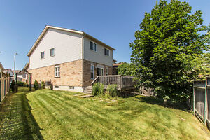 Rare Opportunity 4 bdrms Semi- OPEN HOUSE: Saturday 12:30-2PM