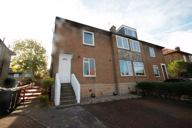 2 bedroom house in Oxgangs Terrace, Colinton Mains, Edinburgh, EH13 9BY