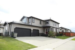 Gorgeous 2 storey house in Beaumont, Alberta