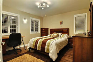 Bedroom entirely for sale