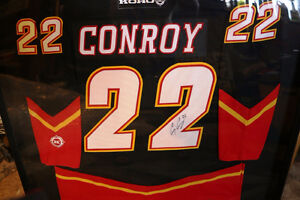 AUTHENTIC CRAIG CONROY #22 CALGARY FLAMES SIGNED FRAMED JERSEY Moose Jaw Regina Area image 4