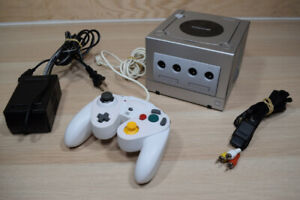 Complete Nintendo Gamecube Platinum Edition Cleaned & Tested
