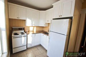 Spacious, very bright2 bedroom apartment close to downtown