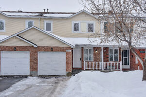***Open house in Orleans 3 bed/ 2 bath townhome ***