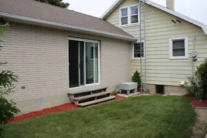 Looking to share my home! (12 minute drive to Chatham)