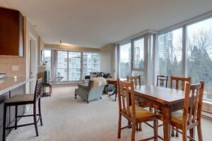 Beautiful 2bd with Inlet and Northshore Mountains view