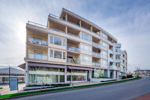 Stunning new listing!!! Penthouse suite!! OPEN HOUSE SUN. 1-4pm!