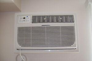 12000 BTU AC w Remote (sleeve type -thru wall) 120VAC