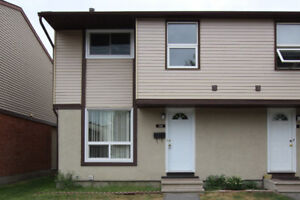 Power Marketing Real Estate: 3 Bedroom Townhouse