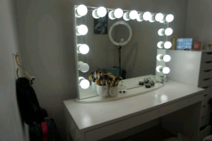 Mirrored Makeup Vanity Desk with Lighting and 2 electrical plugs