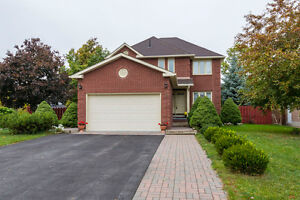 OPEN HOUSE Sun Oct 30th, 1-2:30 pm! $319,900 - 74 Tracey Park Dr
