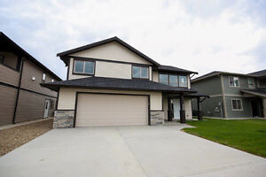 Shared Home with Modern Amenities - March 1st - Kelowna