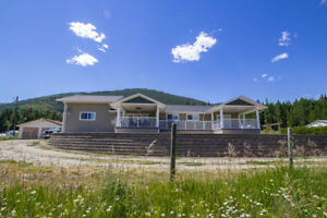 Salmon Arm-Stunning Home On 5 Acres