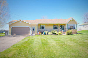 74 Highview Road Summerside Luxury Water View home PEI Canada