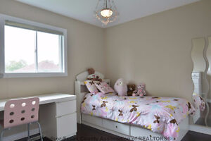 Beautiful detached home for rent in South Windsor Windsor Region Ontario image 6
