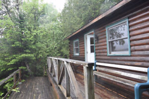 SWEET LITTLE COTTAGE ON 1 ACRE,DEEDED BEACH RIGHTS