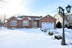 Spectacular Sprawling Bungalow *For Sale* in Hamilton!