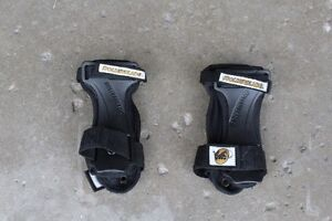 3 pairs of wrist guards for roller blading or skateboarding