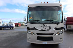 2013 THOR MODEL HURRICANE 29X 2 SLIDES CLASS A MOTORHOME