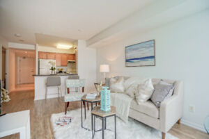 Clean Condo - CN TOWER VIEW - 2 Bed - 2 Subways