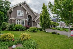 NEW LISTING/OPEN HOUSE! 3597 Creekstone Dr., Abbotsford