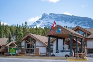 Beautiful 2 bedroom condo(sleeps 6) in gorgeous Banff AB