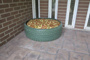 Tire Dog/Cat Bed (Green)
