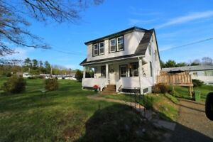 Completely Renovated Home In Bridgewater!