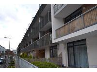 3 bedroom flat in Hopetoun Street, New Town, Edinburgh, EH7 4ND