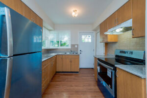 5 bed/ 2 bath available May 1st- furnishing optional