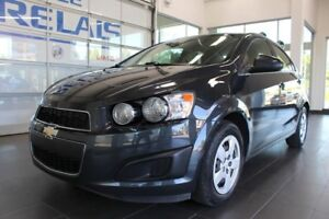 Chevrolet Sonic LT - Bluetooth - A/C 2015
