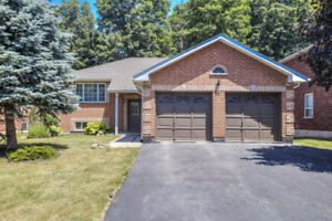 BUNGALOW on Premium LOT! Barrie